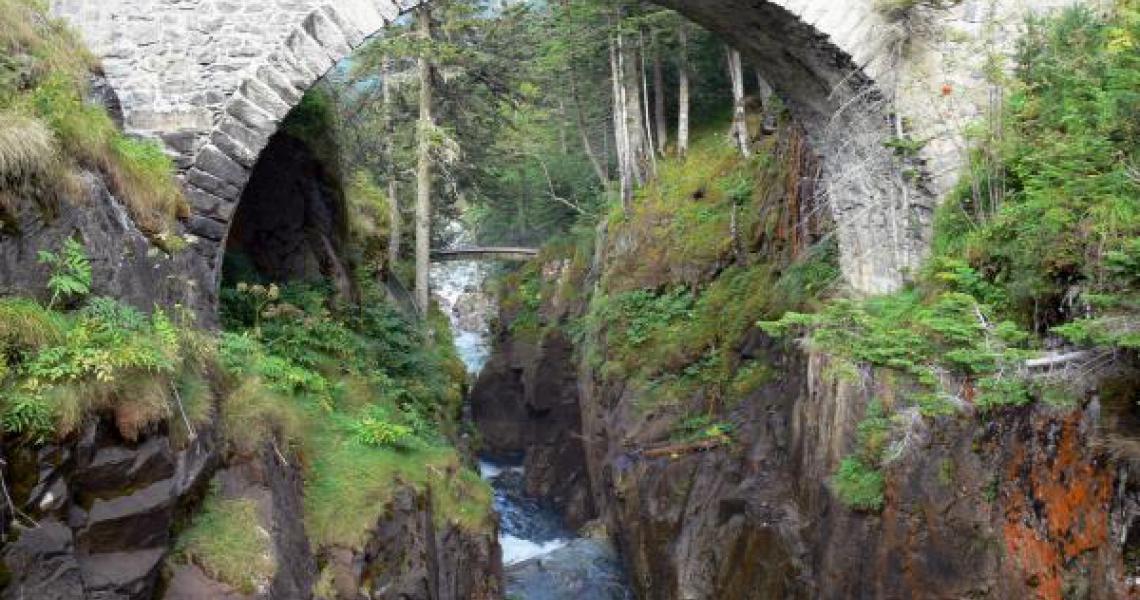 Les cascades du Pont d'espagne