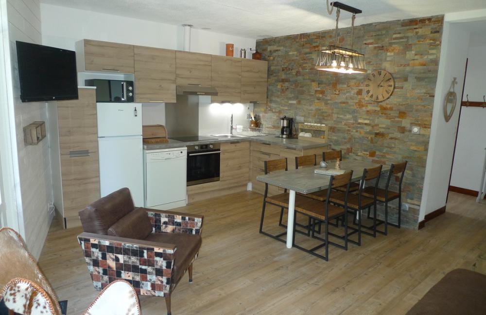 Salle à manger spacieuse - appartement Luz St Sauveur